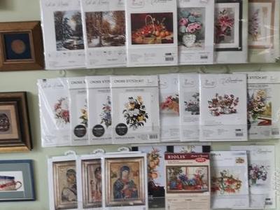 ściana z artykułami 1