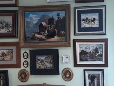 ozdoby i obrazy na ścianie 09
